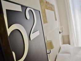 Hotel Ideal – Napoli